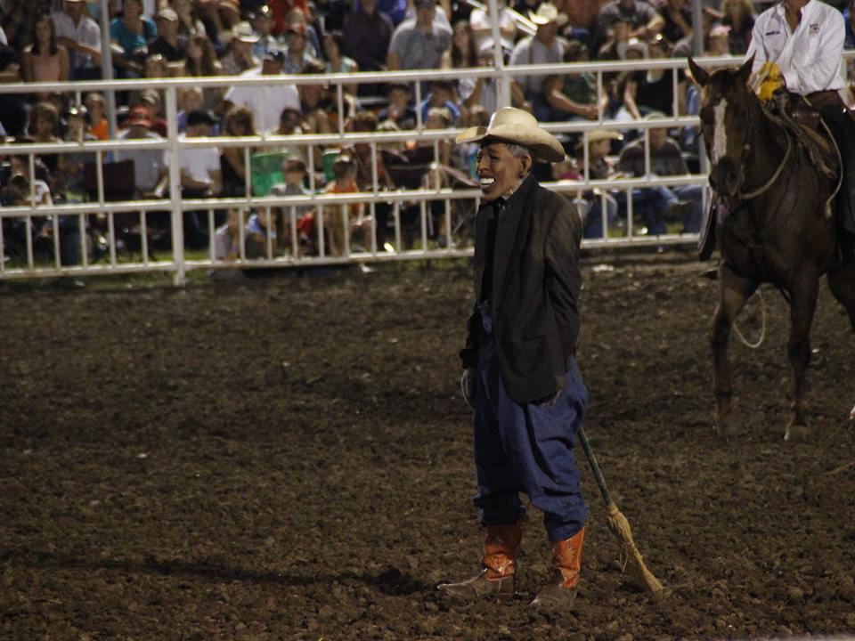 A clown dressed as President Barack Obama was taunted by an announcer and chased by a bull at the Missouri State Fair on Saturday evening. (Photo: Show Me Progress)