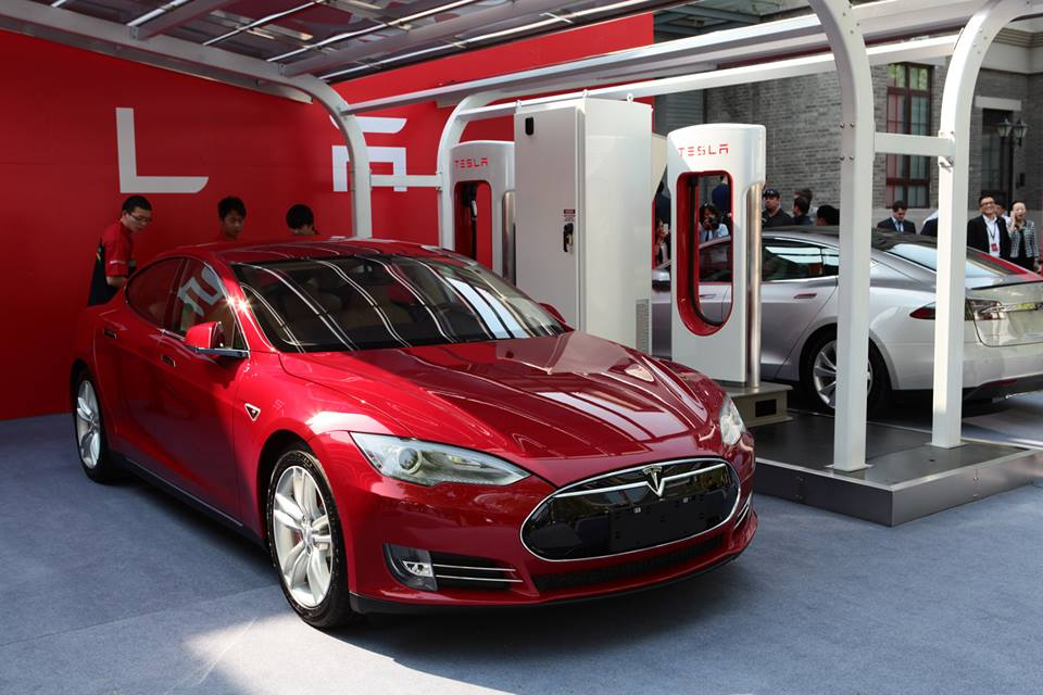 Missouri is another in a series of states considering legislation to block Tesla from selling directly to consumers.  (Photo: Tesla)